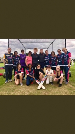 CELEBRATE WOMENS and GIRLS SUCCESS IN THE COMP WITH HIGHTOWN HURRICANES